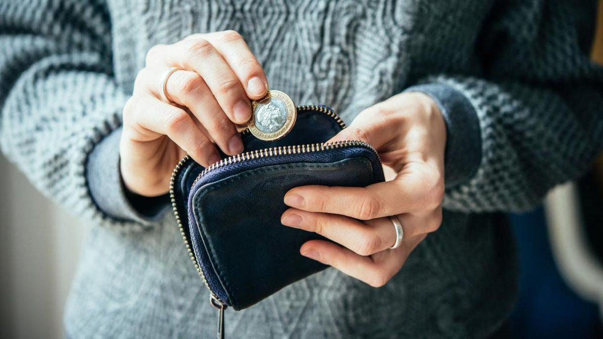 Meminjam uang berdasarkan Psikologi