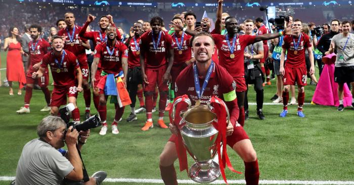 Steven Gerrard Turut Bangga Saat Henderson Angkat Trofi Liga Champions